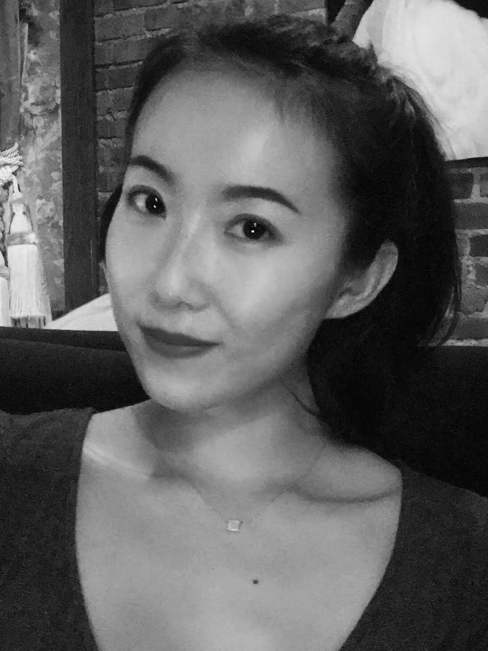 Nora Zhou
